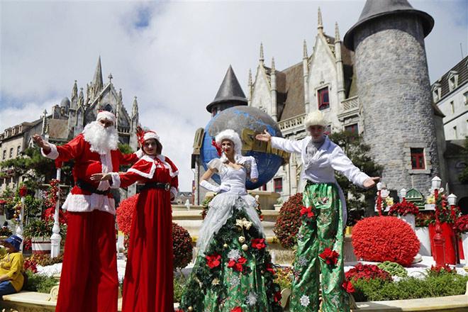 Check-in lễ hội mùa đông đậm sắc màu châu Âu trên đỉnh Bà Nà - 6