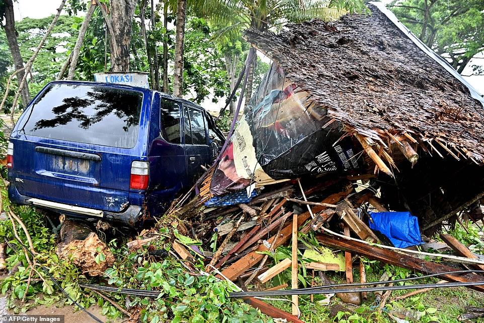 Sóng thần ở Indonesia: Số người thương vong lên đến gần 2.000 - 2