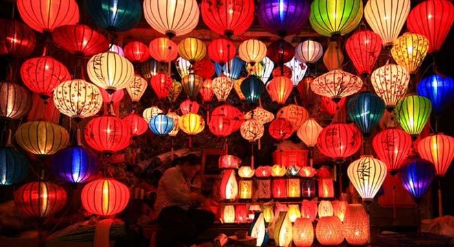 3000 đèn lồng và 50 khinh khí cầu chào đón năm mới tại Hội An - 1