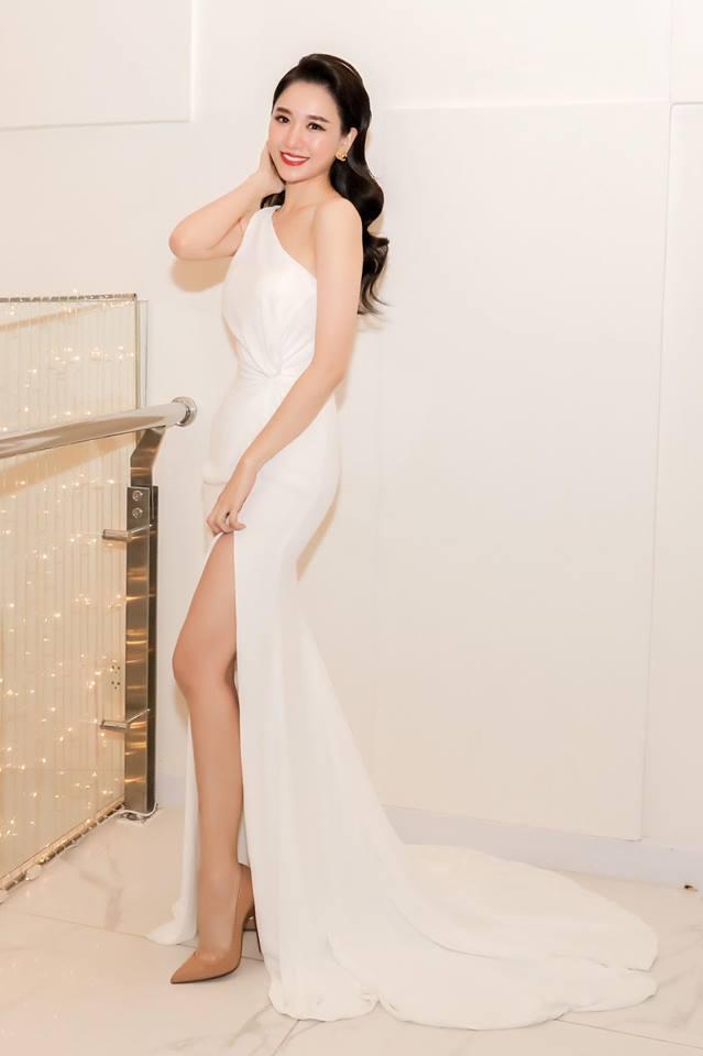 """Nhắn vợ Hari Won nhân 2 năm ngày cưới, Trấn Thành bị """"bóc mẽ"""" điều này - 7"""