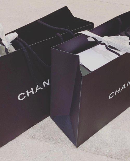 Mừng 2 năm ngày cưới, Trấn Thành tặng Hari Won túi, đồng hồ nhiều choáng ngợp - 5