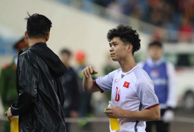"""ĐT Việt Nam """"thử lửa"""" Asian Cup 2019: Ai mặc áo số 10 thay Văn Quyết? - 1"""