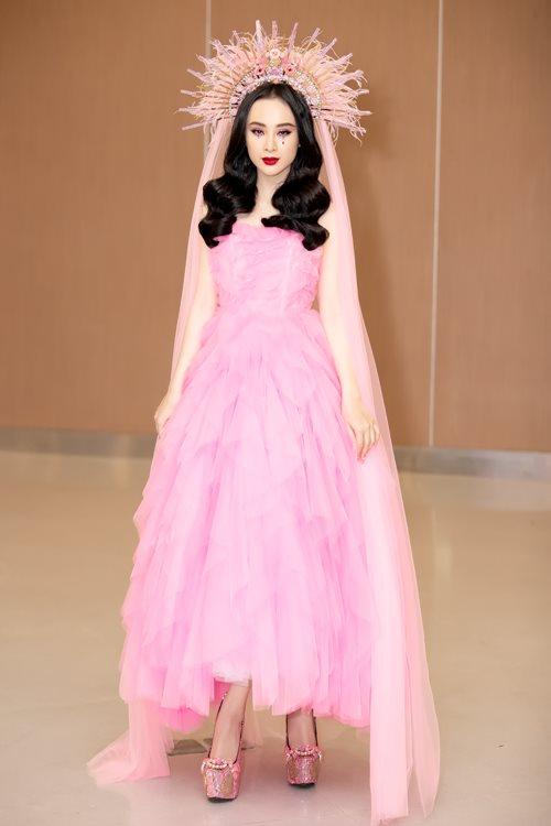 Angela Phương Trinh: Nữ thần cầu kỳ, đẹp mê hồn trên thảm đỏ - 1