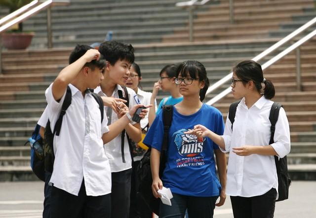 """Ôn thi vào 10 tại Hà Nội: Bí quyết học tốt nhóm """"6 môn chọn 1"""" - 1"""