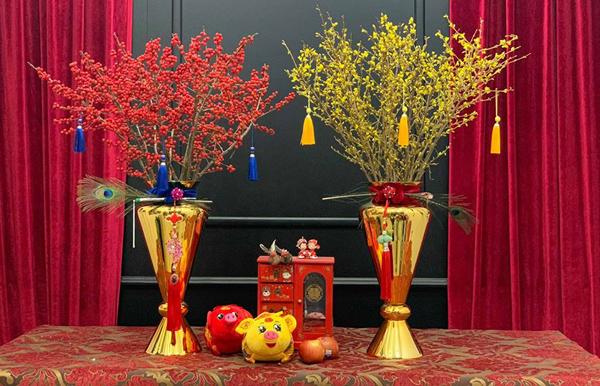 Kỳ lạ hoa đào đỏ au bán gần triệu đồng một cành dịp Tết Dương lịch - 4