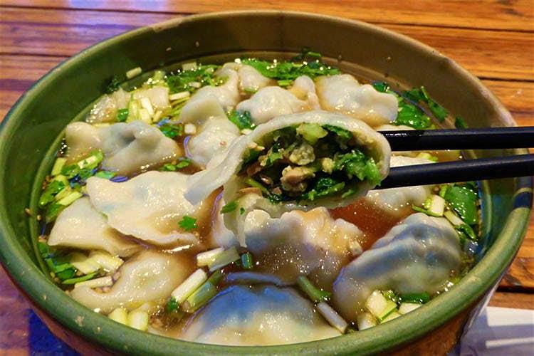 Du khách đến Bắc Kinh sẽ mê mệt những món ăn này - 2