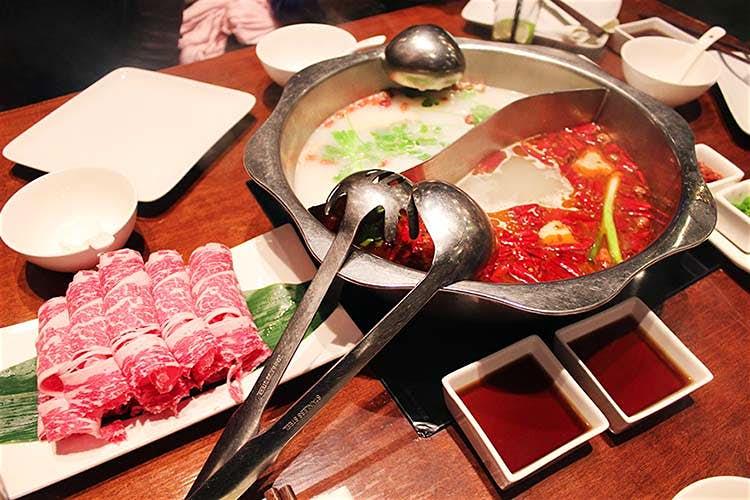 Du khách đến Bắc Kinh sẽ mê mệt những món ăn này - 8