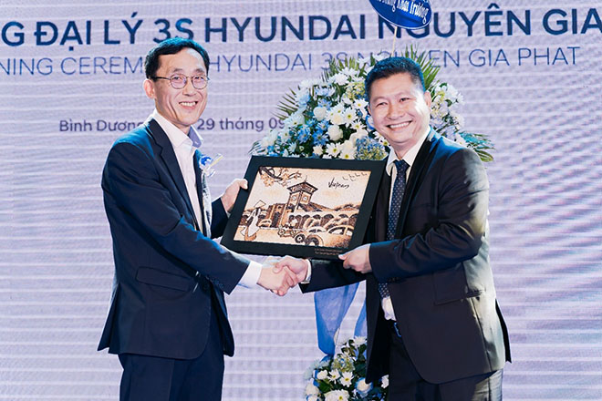 Chính Thức Khai Trương Showroom 3S Hyundai Nguyên Gia Phát - 3