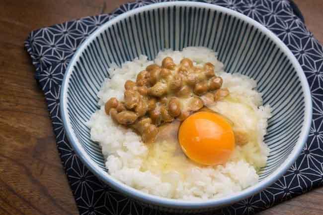 Có gì trong món cơm trộn trứng sống khiến người Nhật mê mẩn? - 4