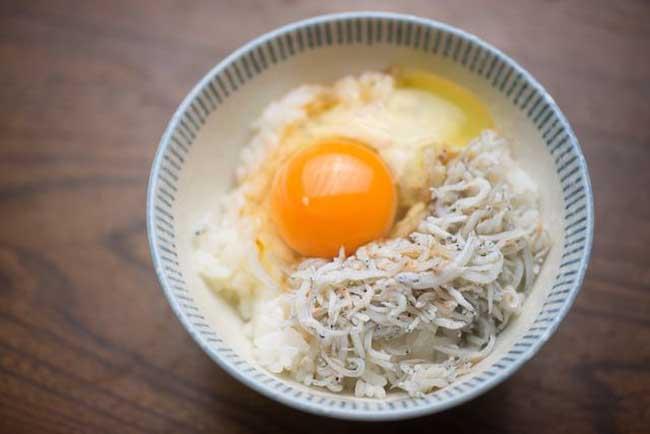 Có gì trong món cơm trộn trứng sống khiến người Nhật mê mẩn? - 6