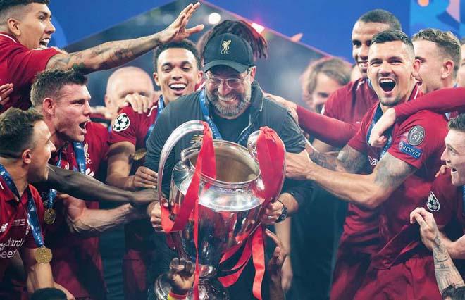 """Klopp tính rời Liverpool: """"Đàn cá mập"""" chờ cuỗm HLV xuất sắc nhất thế giới - 1"""