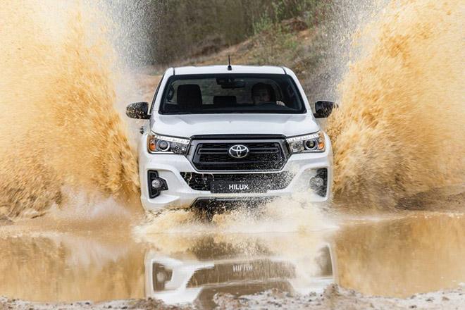 Toyota HiLux được cập nhật hệ thống an toàn chủ động và Stop-Start - 5
