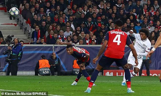 Đêm diễn của siêu sao Cúp C1: Ngất ngây Salah, Suarez, Messi - 8