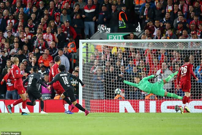 Đêm diễn của siêu sao Cúp C1: Ngất ngây Salah, Suarez, Messi - 6