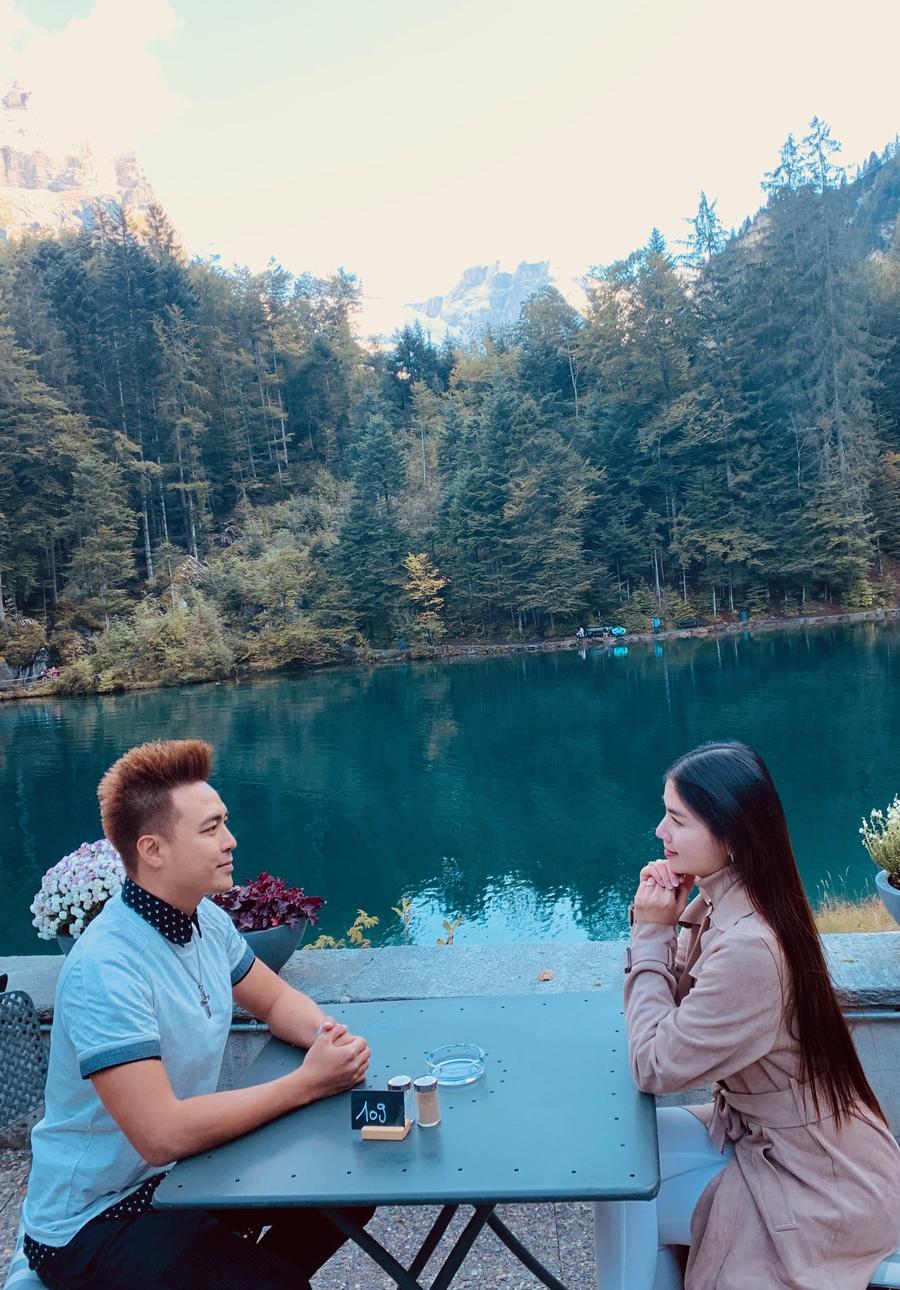 """Vợ chồng Kha Ly, Thanh Duy tham quan """"thiên đường có thật"""" tại Thụy Sỹ - 3"""