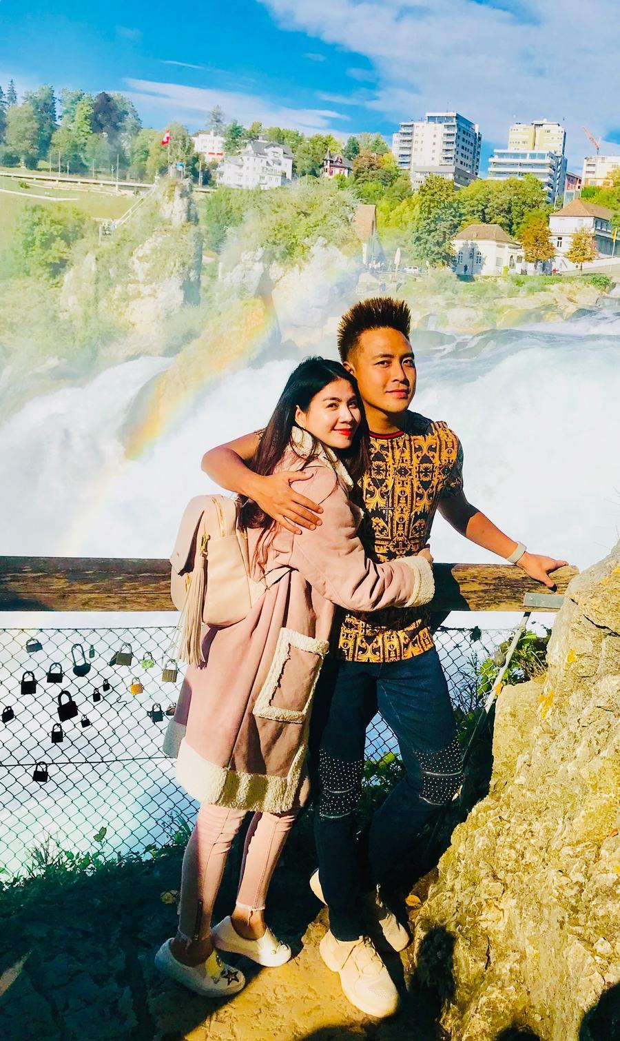 """Vợ chồng Kha Ly, Thanh Duy tham quan """"thiên đường có thật"""" tại Thụy Sỹ - 7"""