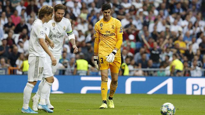 """Zidane bất lực vì Bale vô kỷ luật, nghi có """"nội gián"""" phòng thay đồ Real - 1"""