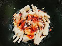 Tuyệt chiêu khiến món chân gà sốt cay kiểu Hàn Quốc thơm nức mũi làm cả nhà mê tít - 4