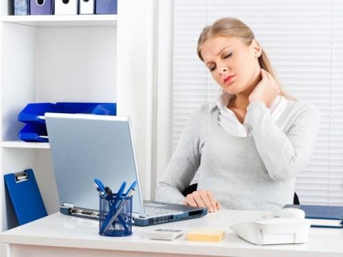 Những thói quen gây hại xương khủng khiếp, bỏ ngay nếu không muốn tàn phế - 3