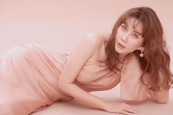 Giữa tin ly hôn Hồ Hoài Anh, Lưu Hương Giang đẹp như nữ thần nhờ phẫu thuật - 5