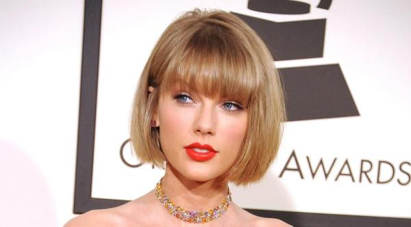 Kiểu tóc ngắn cho mặt tròn to đẹp giúp che khuyết điểm hoàn hảo - 7