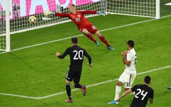 Video highlight trận Đức - Argentina: Thế trận cởi mở, siêu phẩm rực rỡ - 1