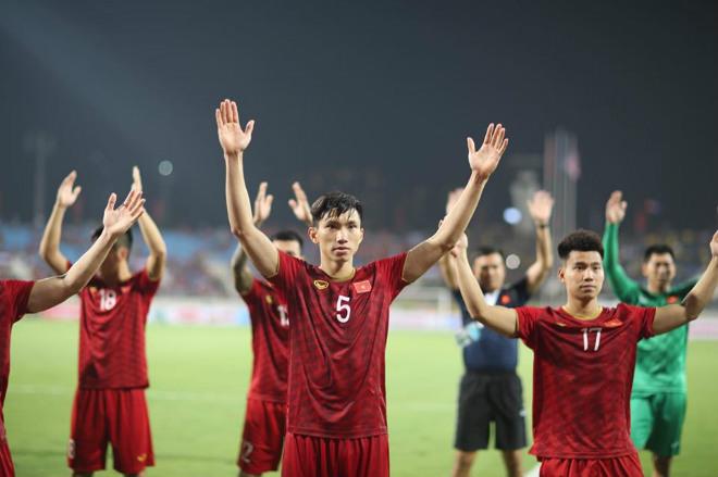 ĐT Việt Nam thắng Malaysia: Tiến hay lùi ở bảng xếp hạng FIFA? - 1