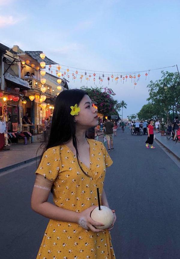 Con gái út nghệ sỹ Chiều Xuân ăn mặc gợi cảm khoe sức sống tuổi thiếu nữ - 5