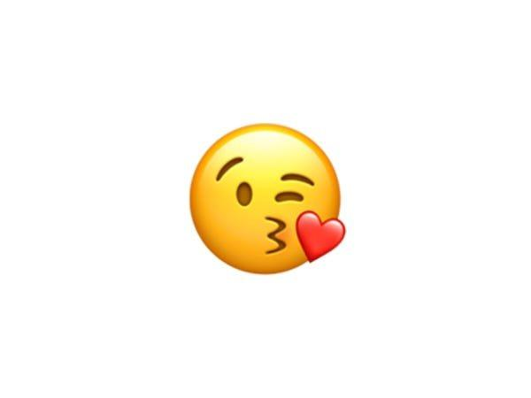 """""""Cười ra nước mắt"""" đứng đầu danh sách 10 emoji phổ biến nhất thế giới - 11"""