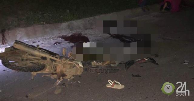 Hai xe máy tông nhau trong đêm, 4 người chết, 2 người bị thương - Tin tức 24h