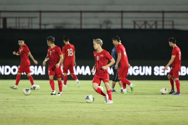 Quang Hải nhận mật lệnh từ thầy Park, ĐT Việt Nam rèn chiêu mới đấu Indonesia - 2