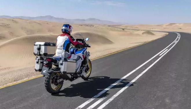Honda Africa TwinAdventure Sports ES 2020 có giá 399 triệu đồng - 3