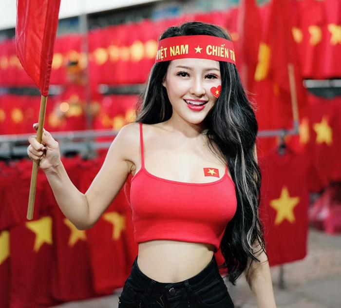 """Thi hoa hậu ở Hàn Quốc, Ngân 98: """"Tôi không sợ dị nghị chuyện quá khứ"""""""
