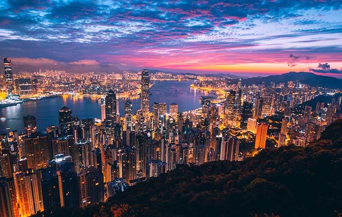 Check-in những địa điểm 'chanh xả' đẹp như bồng lai tiên cảnh tại 'thành phố không bao giờ ngủ' Hong Kong - 4