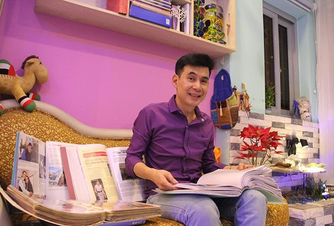 Chân dung nam ca sĩ Việt sống trong căn nhà trị giá 2000 cây vàng