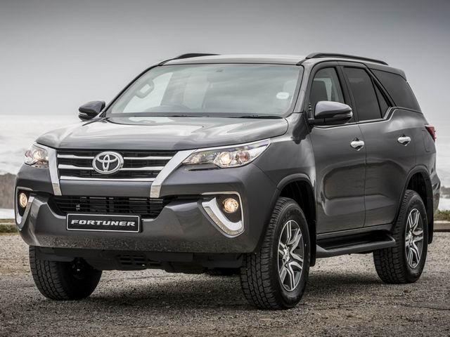 Toyota Fortuner tiếp tục dẫn đầu doanh số phân khúc SUV 7 chỗ tại Việt Nam - 1