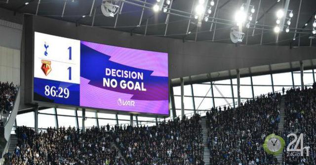 Cú sốc Ngoại hạng Anh: Trọng tài bẻ VAR, Tottenham thoát thua khó tin