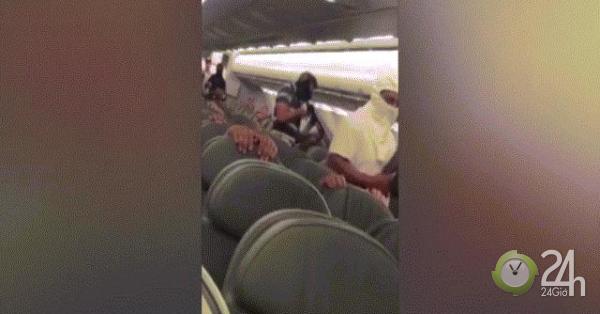 Video: Tay súng bịt mặt cướp máy bay đòi giết con tin và sự thật đằng sau