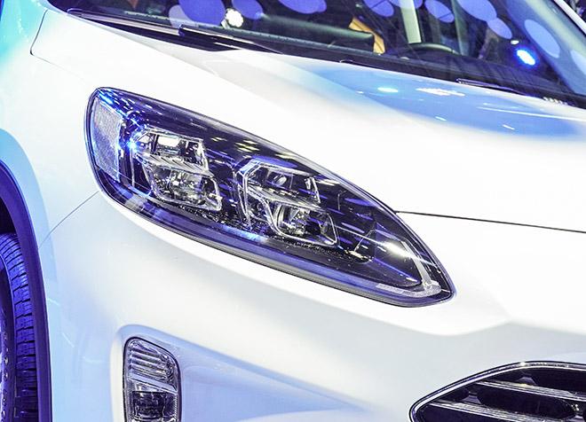 Ford Việt Nam mang dòng SUV Escape mới giới thiệu tại VMS 2019 - 11