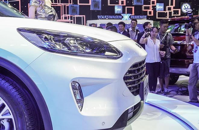 Ford Việt Nam mang dòng SUV Escape mới giới thiệu tại VMS 2019 - 8