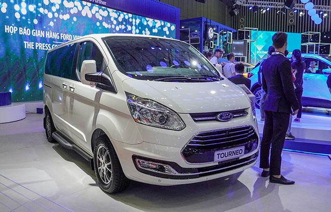 Ford Việt Nam mang dòng SUV Escape mới giới thiệu tại VMS 2019 - 9