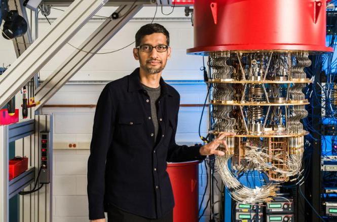 Siêu máy tính nhanh nhất giải bài toán trong 10.000 năm, Google chỉ mất 200 giây