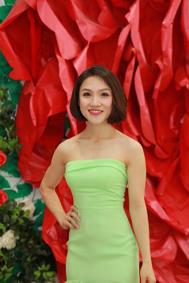 Bà xã xinh đẹp kém 12 tuổi, bỏ cả sự nghiệp để ở bên Phan Đinh Tùng giờ ra sao? - 6