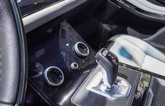 Jaguar Land Rover mang đến không gian đậm chất thể thao tại VMS 2019 - 10