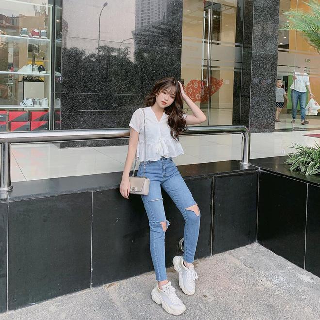 Cô gái được cho là bạn gái mới Quang Hải: Cao 1m52 và rất nóng bỏng - 9