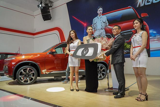 VinFast tâm điểm chú ý tại triển lãm Ô tô Việt Nam 2019 - 8