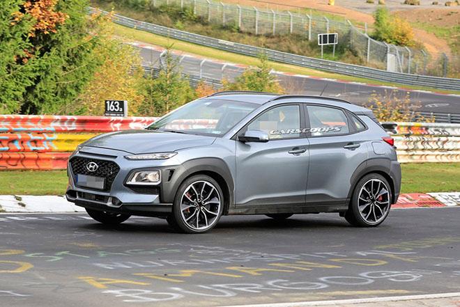 Hyundai Kona N 2020 lộ ảnh chạy thử không ngụy trang - 1