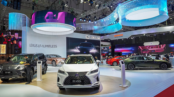 Ngắm xe concept độc Lexus LF-1 Limitless thu hút khách tham quan tại VMS 2019