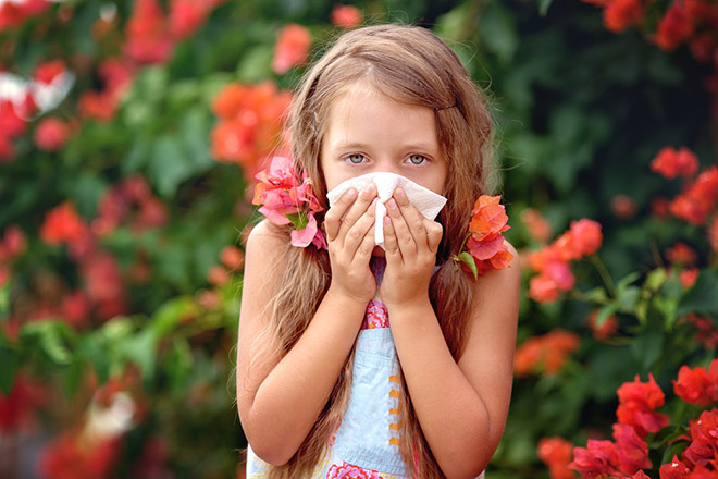 Cảnh báo các bệnh dị ứng thường gặp ở trẻ khi thay đổi thời tiết - 1
