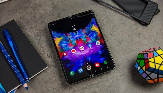Galaxy Fold trang bị chip vi xử lý Snapdragon 855 Qualcomm mạnh mẽ